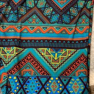 LulaRoe Green Aztec Leggings